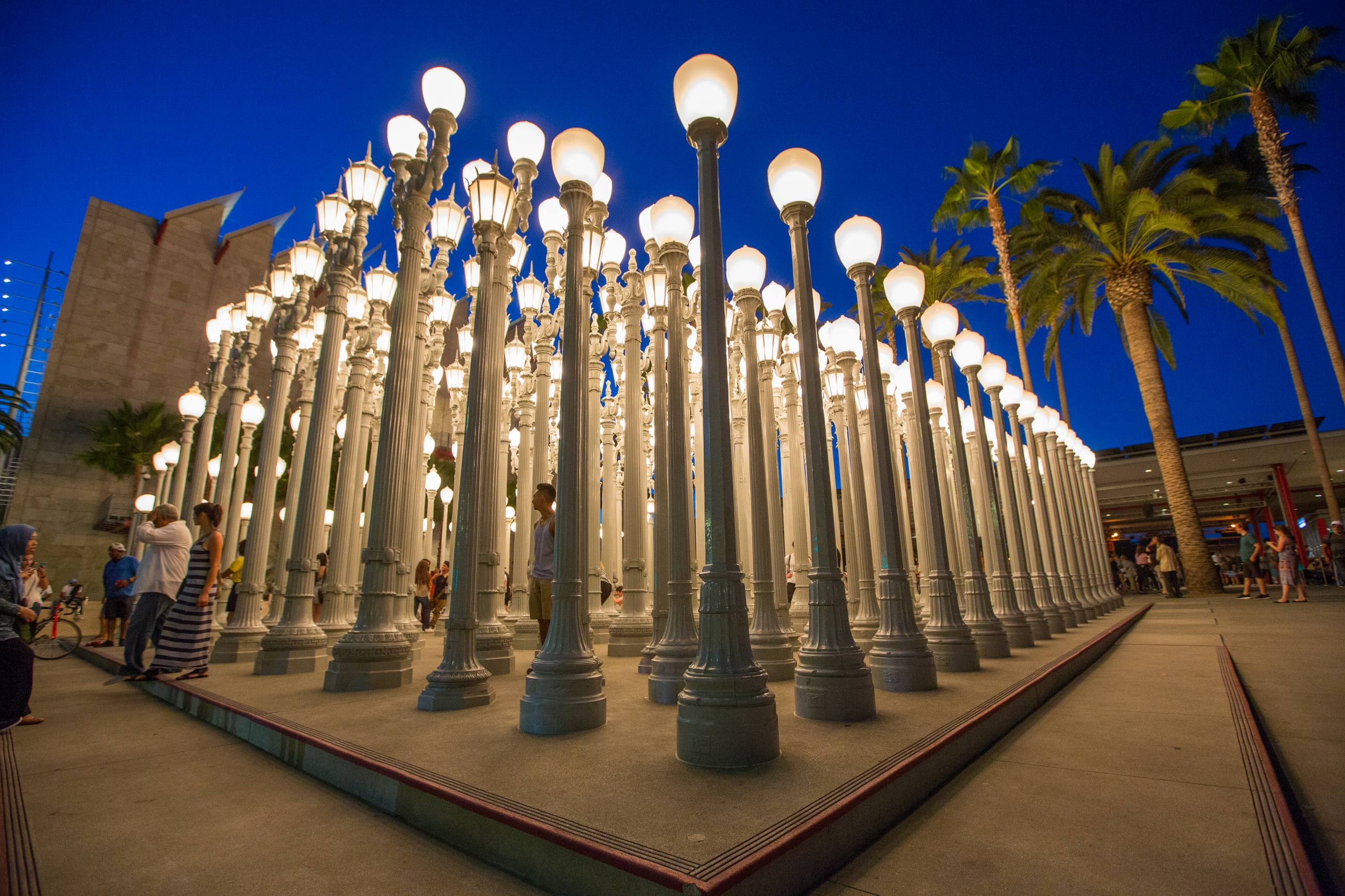 "Chris Burden ""Urban Light"" (2008) at LACMA"