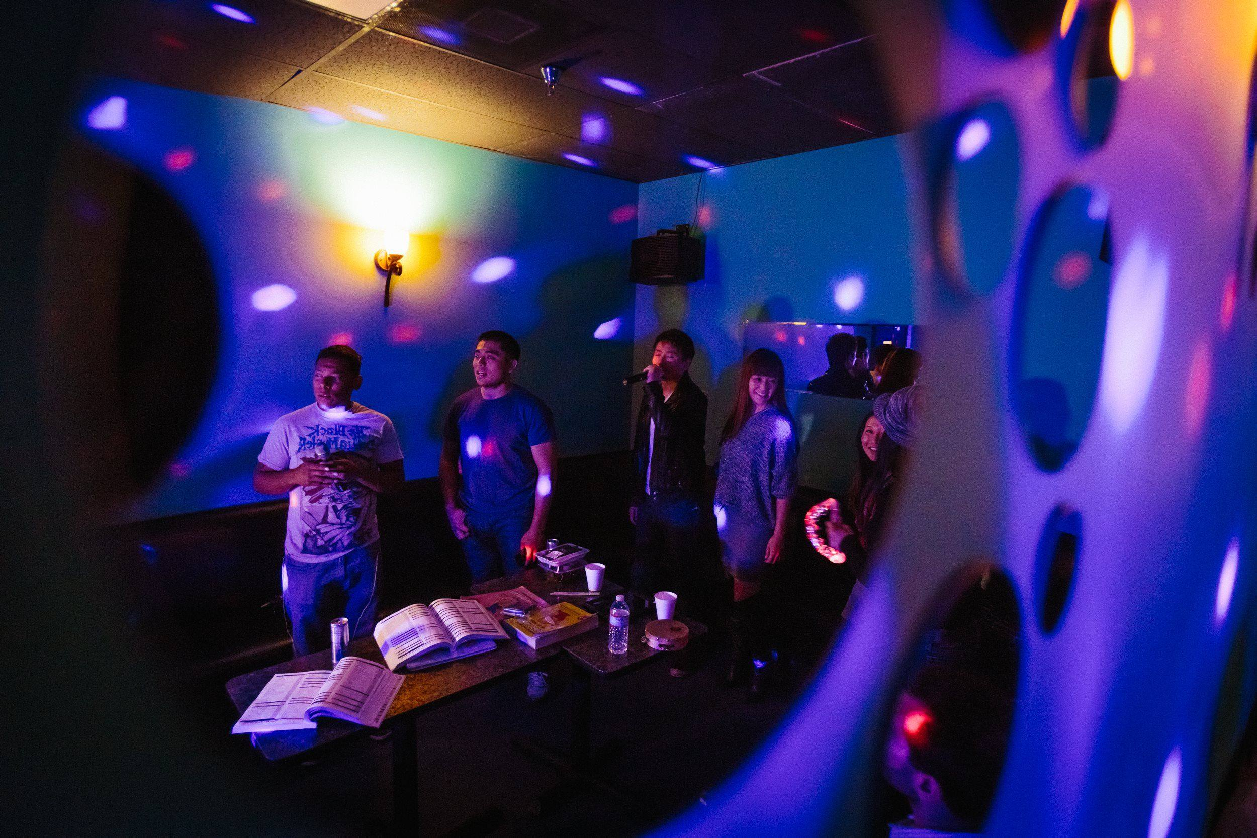Sing Your Heart Out At La S Best Karaoke Spots Discover