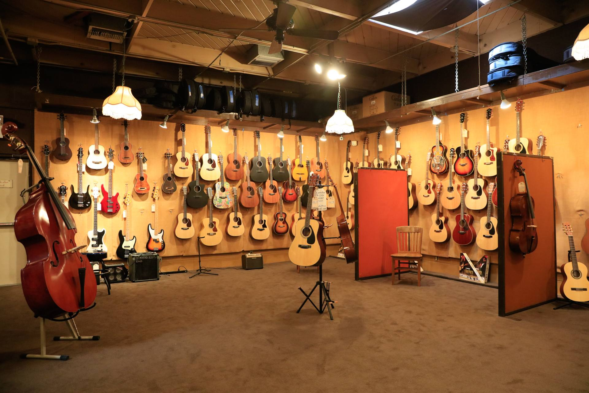 McCabe's Guitar Shop in Santa Monica