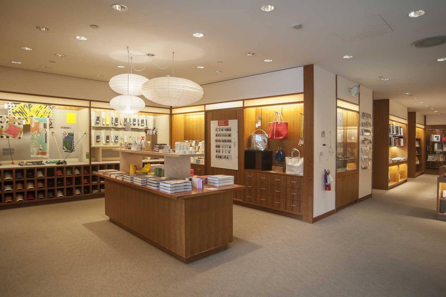 Gift Store Hammer Museum
