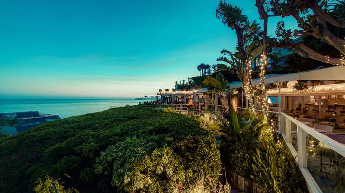 Geoffreys_Malibu_sunset_view