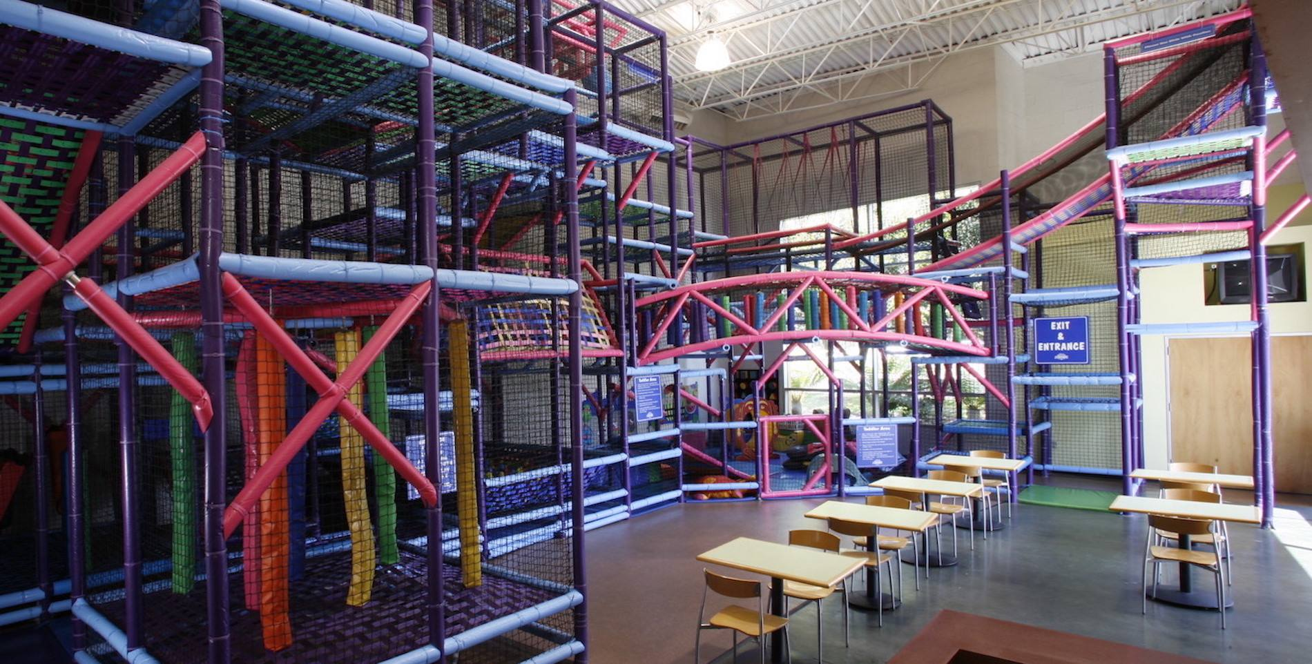 AdventurePlex Play Structure
