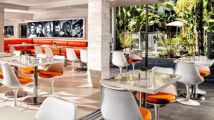 Sportsmen Lodge Patio Café