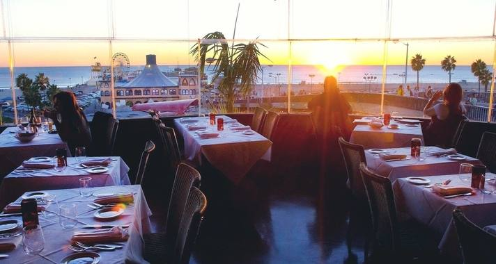The_Lobster_restaurant_sunset