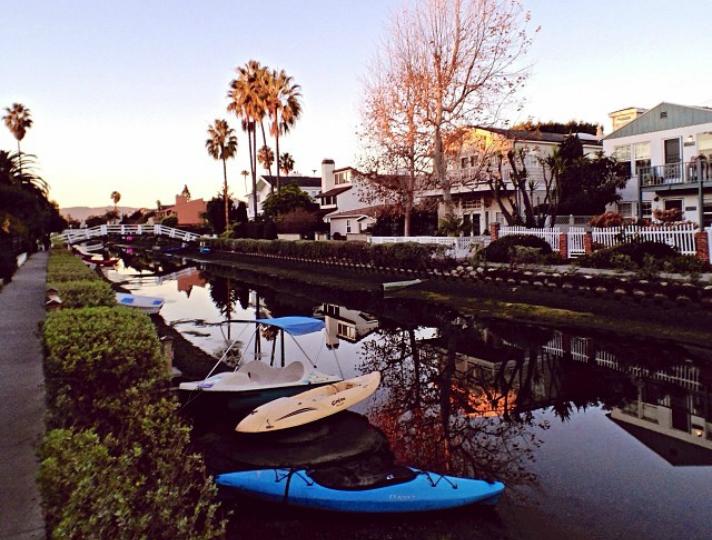Residencias en los canales de Venice