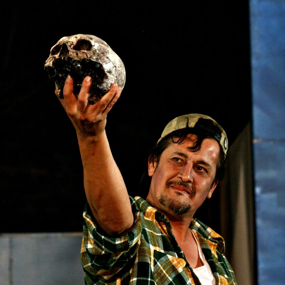 Luis Galindo as the Gravedigger in the Independent Shakespeare Company's Hamlet | Photo: Ivy Augusta, for Independent Shakespeare Company