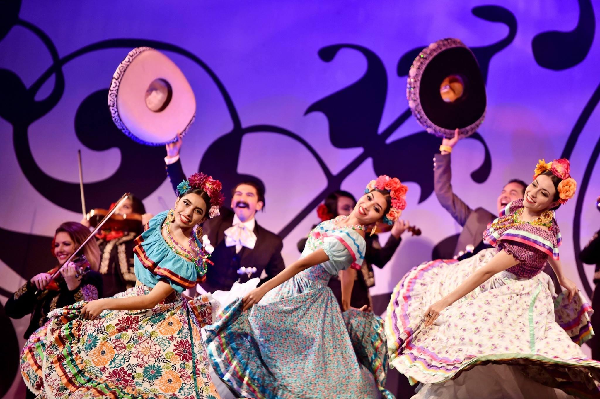 """Dancers at the U.S. premiere of """"Coco""""at El Capitan Theatre"""