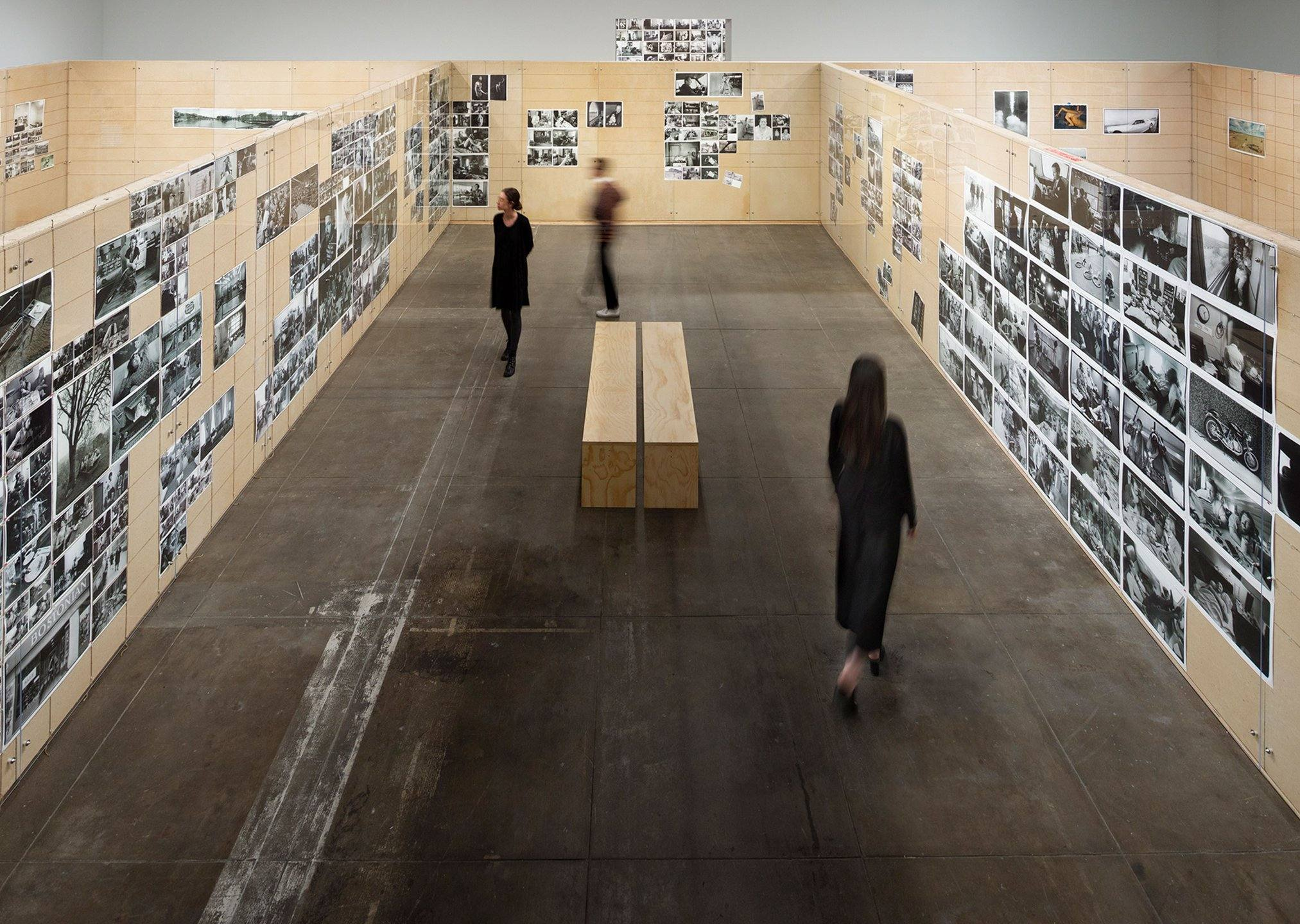 """Annie Leibovitz: The Early Years"" at Hauser & Wirth"