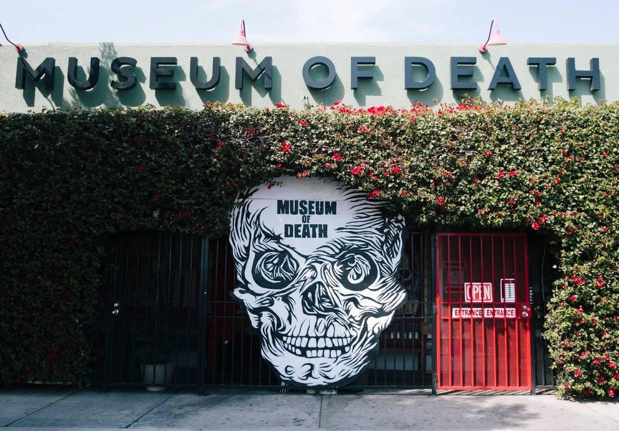 Entrada al Museo de la Muerte