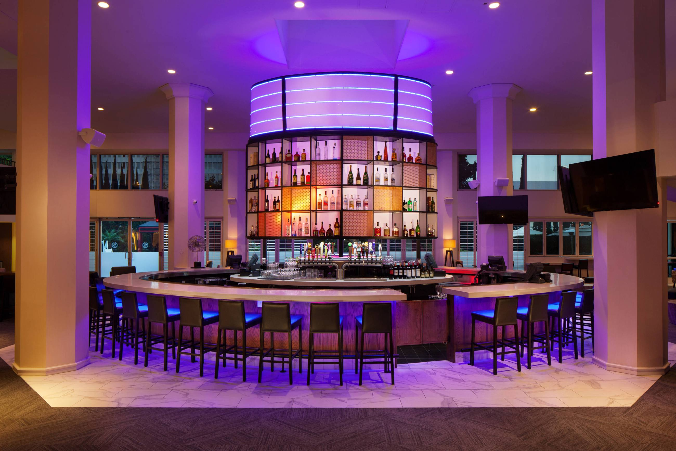 Costero Bar | Photo: Sheraton Gateway Los Angeles Hotel