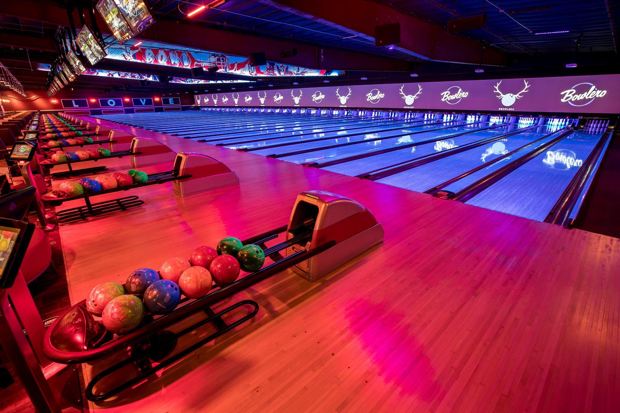 Bowlero Los Angeles Bowling Lanes