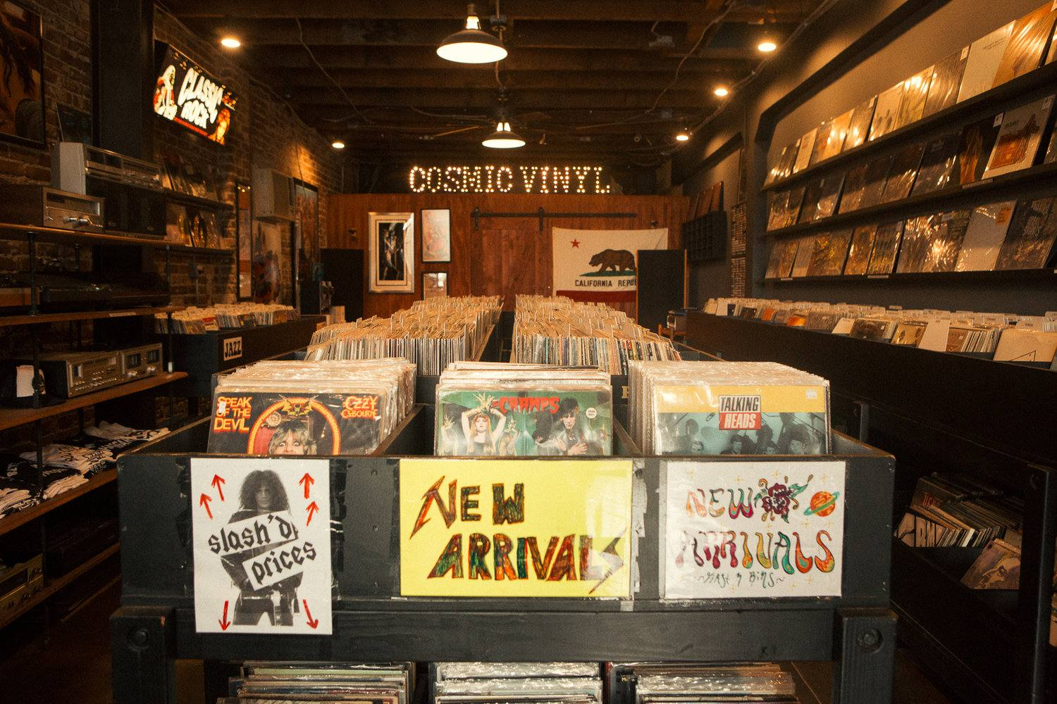 Cosmic Vinyl in Echo Park