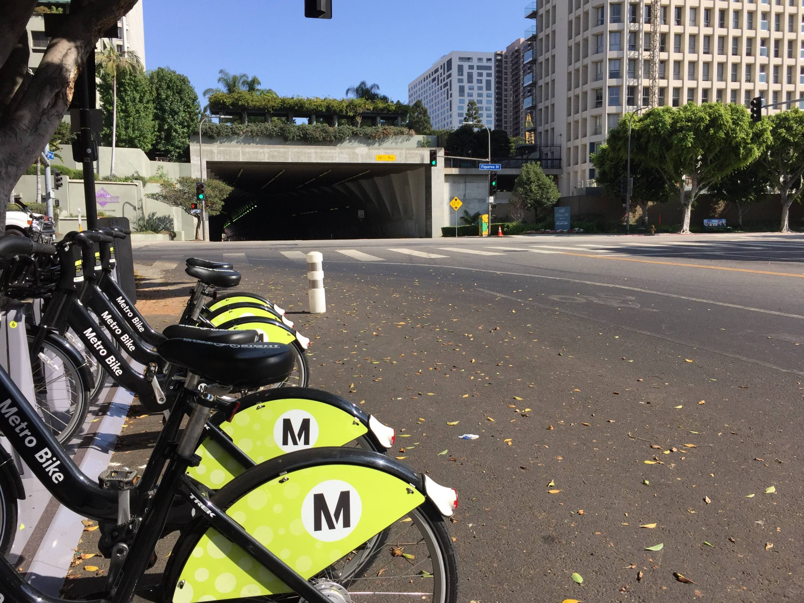 Metro Bike Share Station at 2nd Street & Figueroa