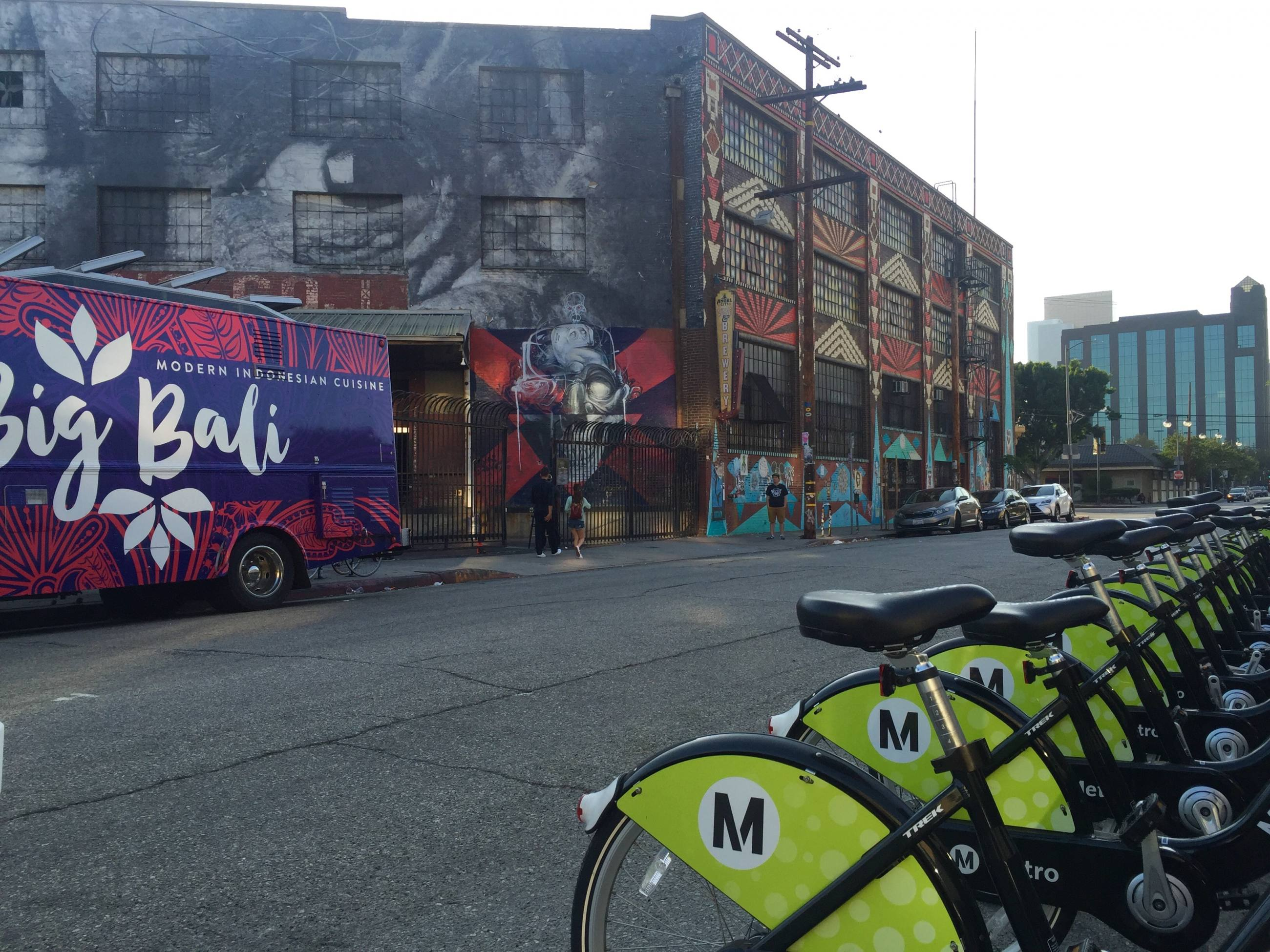 Metro Bike Share Station at Angel City Brewery