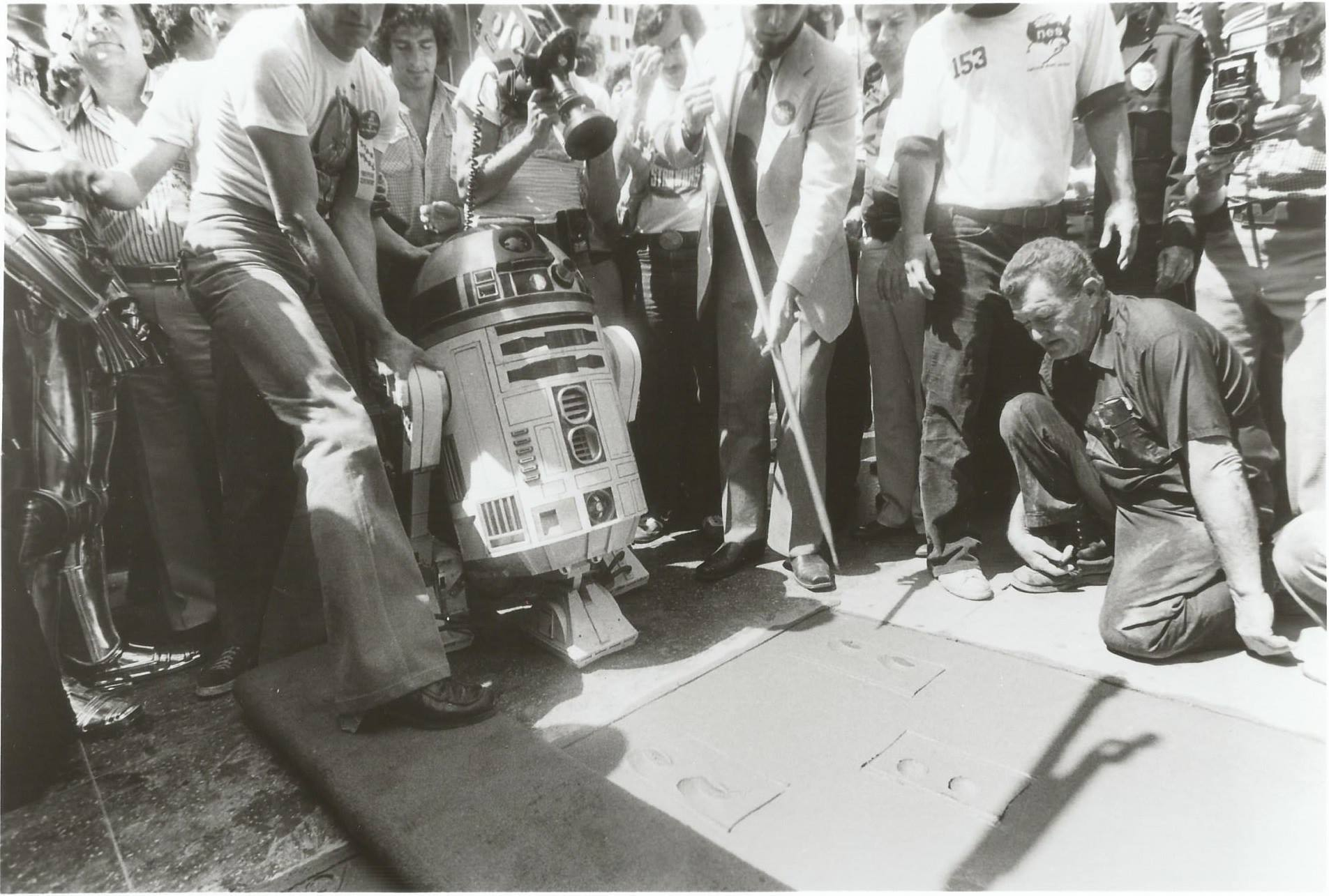 R2-D2 at Mann's Chinese Theatre in 1977