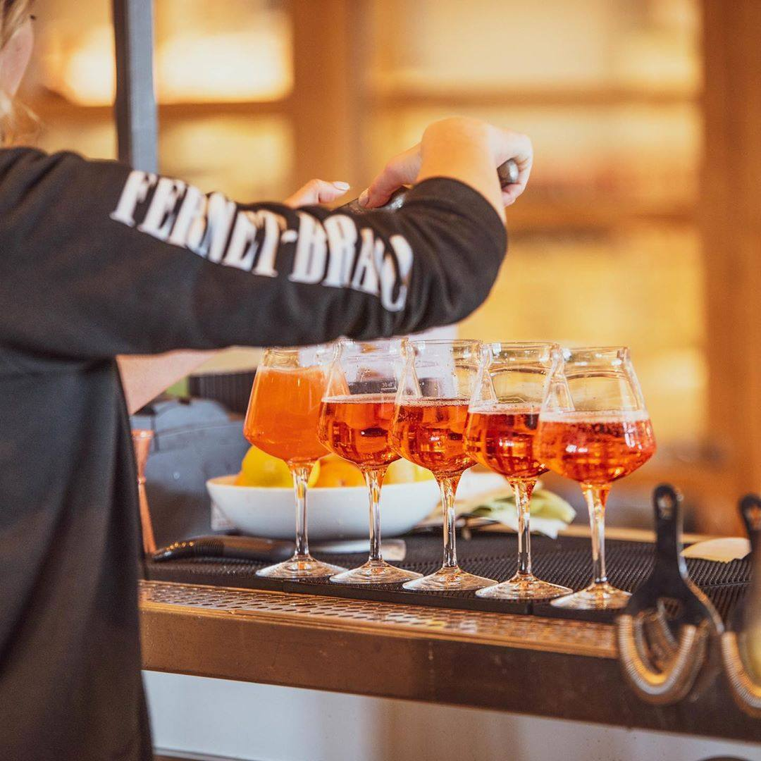 Spritzing it up at Terra | Photo: @eatalyla, Instagram