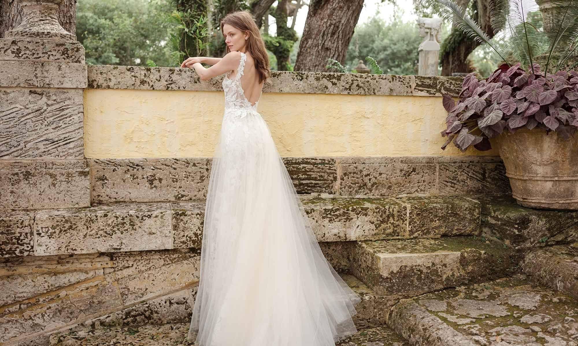 Monique Lhuillier Bridal Collection Spring 2020