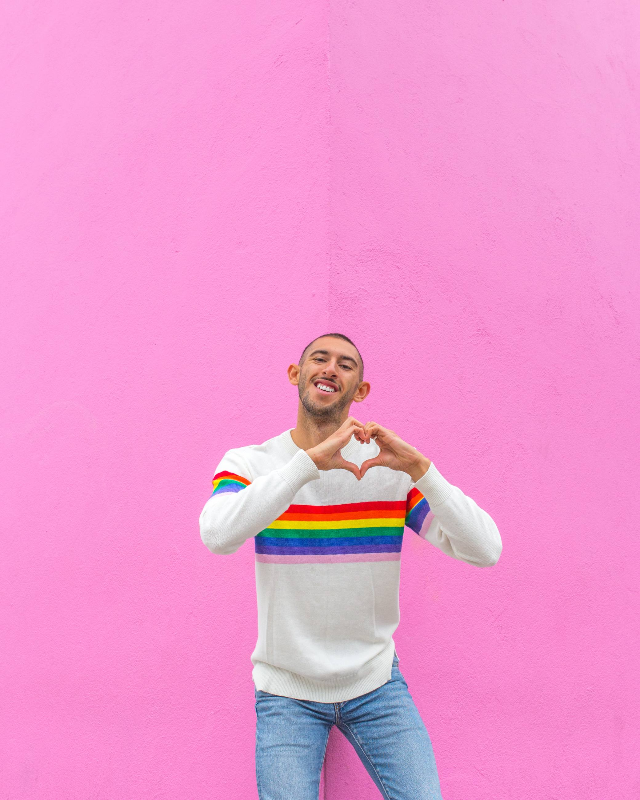 Paul Smith Pink Wall Freddy Rodriguez