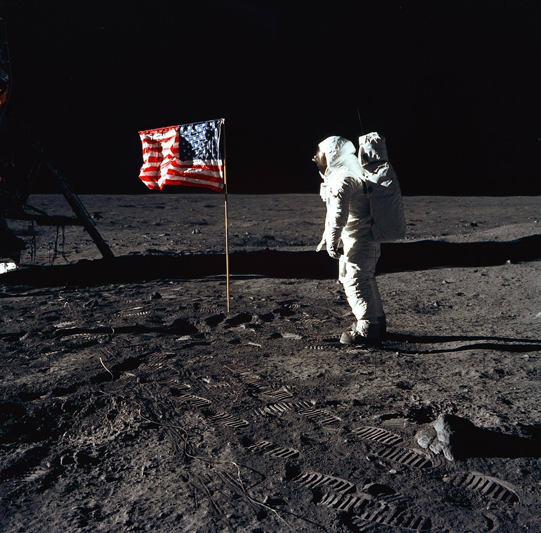 Apollo 11 Buzz Aldrin salutes the US flag on the Moon