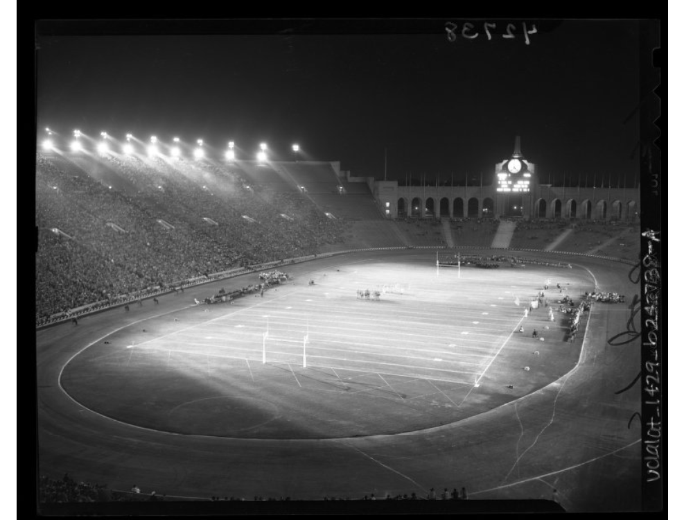 LA Coliseum Rams vs. Redskins exhibition game 1946