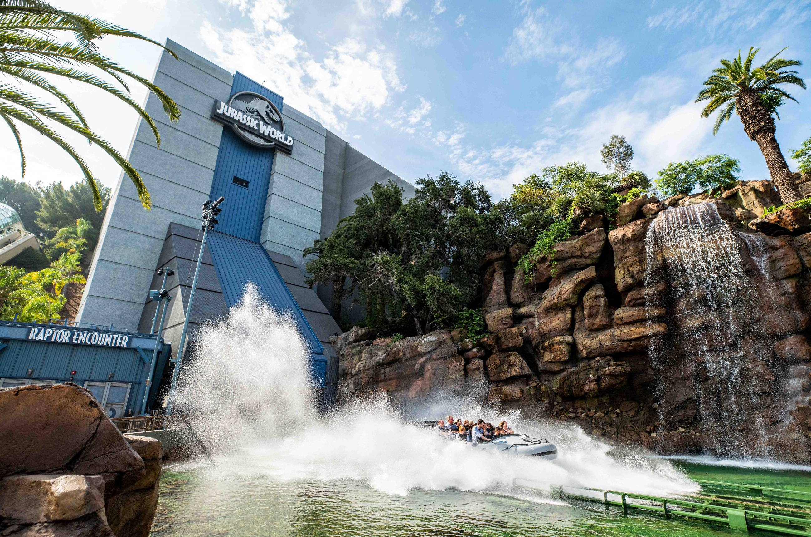 Water drop at Jurassic World - The Ride | Photo: Universal Studios Hollywood