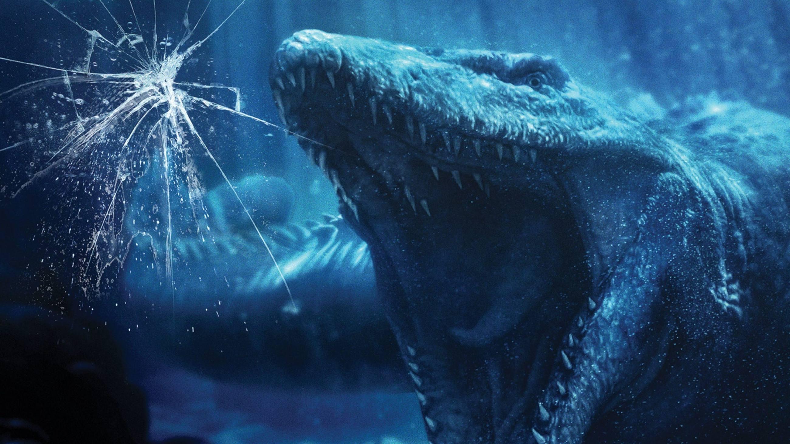 Mosasaurus attacks in Jurassic World: The Ride at Universal Studios Hollywood