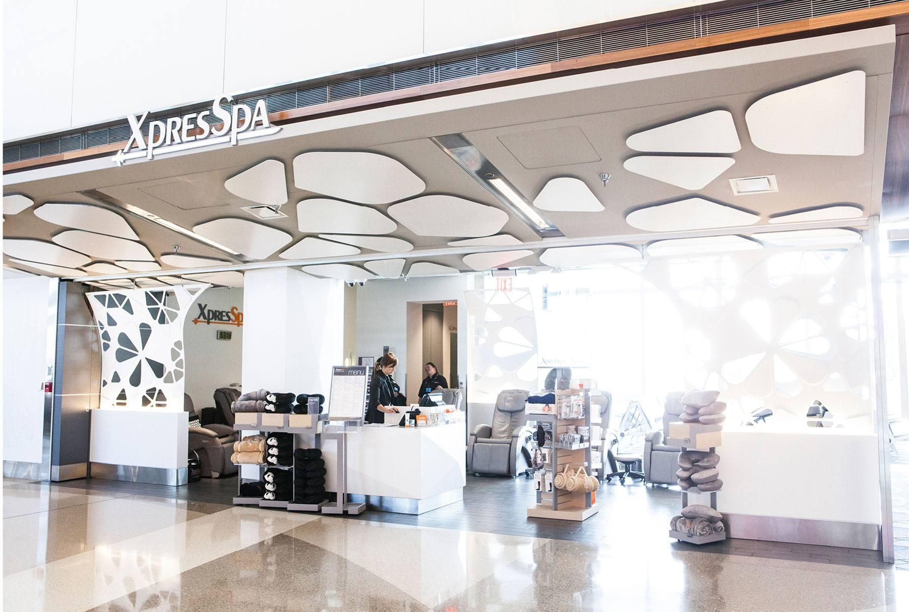 Tom Bradley国際ターミナルでオープンしたXpresSpa