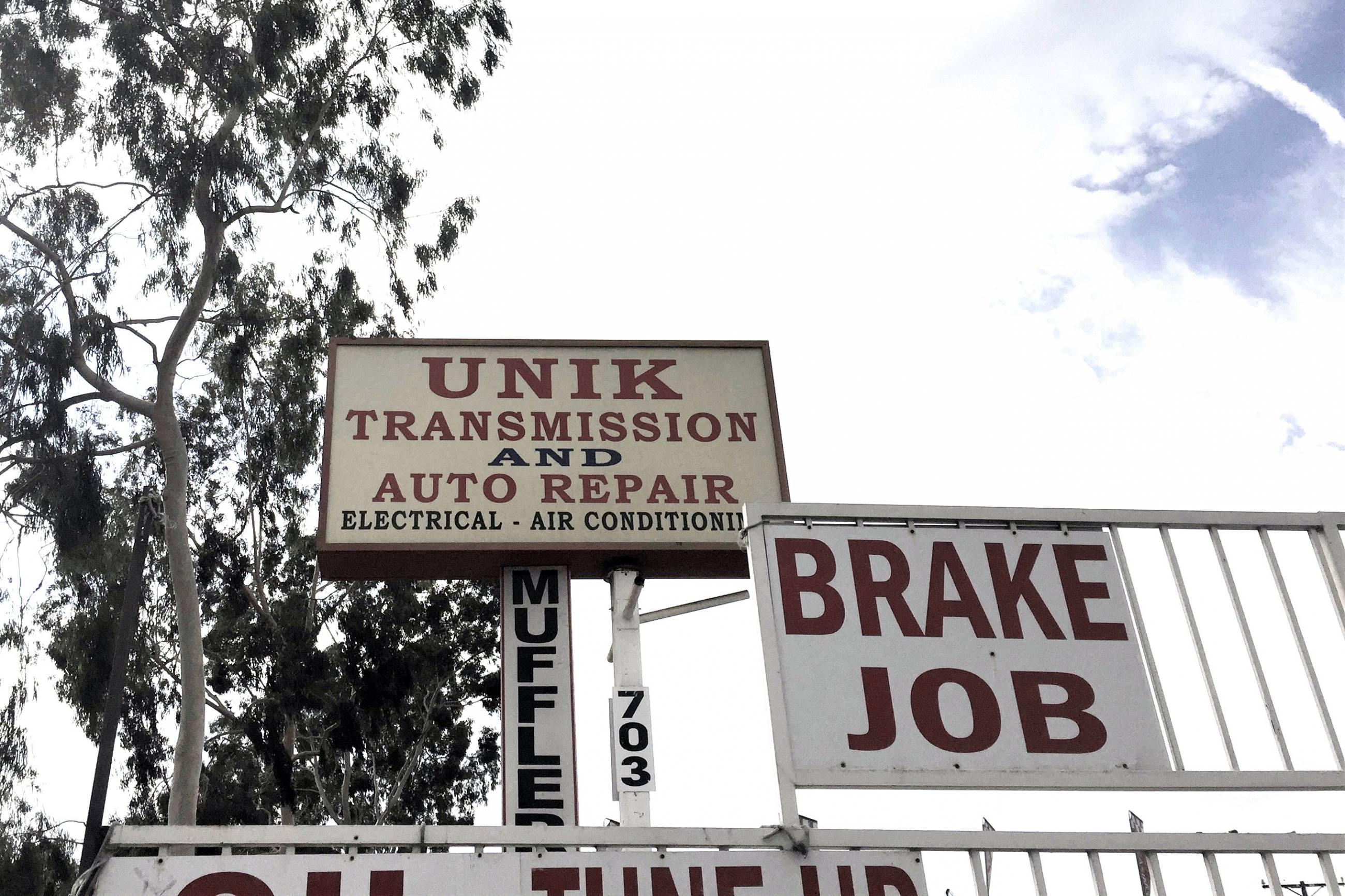 Unik Transmission in Glendale