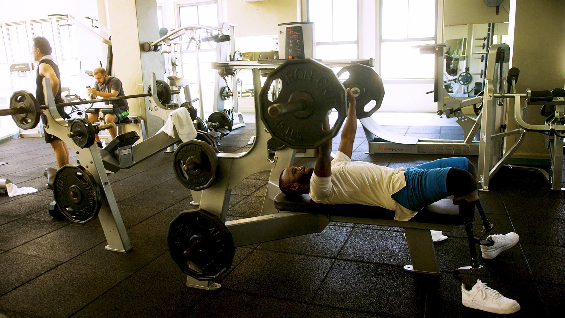 Blake Leeper lifting weights at Los Angeles Athletic Club