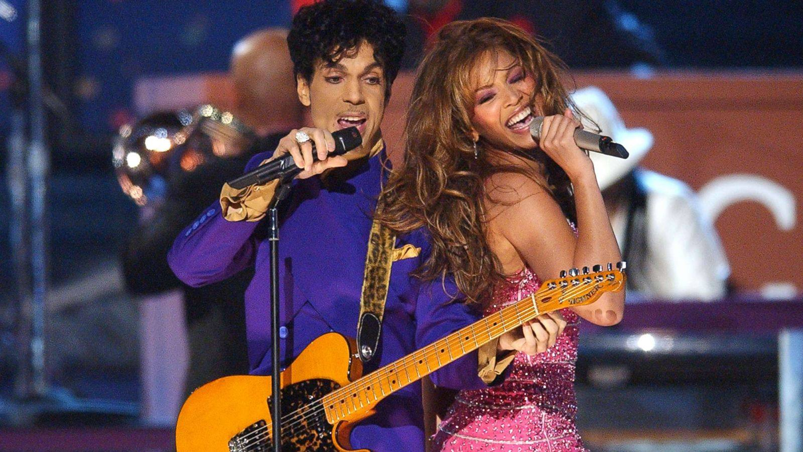 Prince and Beyoncé open the 46th Annual GRAMMY Awards at STAPLES Center
