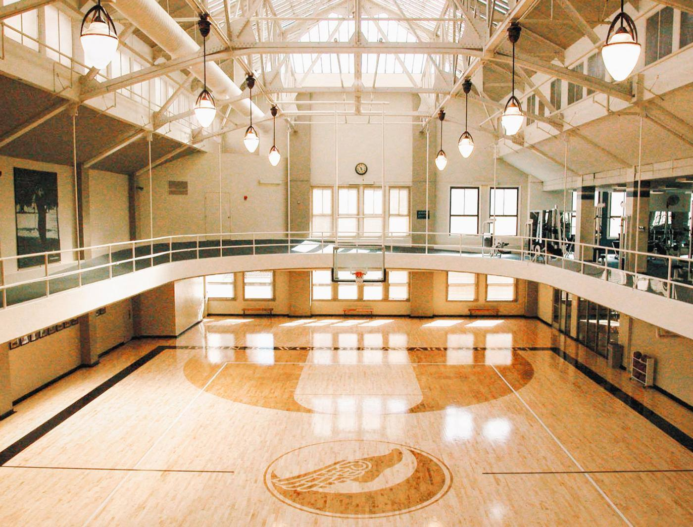 Basketball court at Los Angeles Athletic Club in DTLA