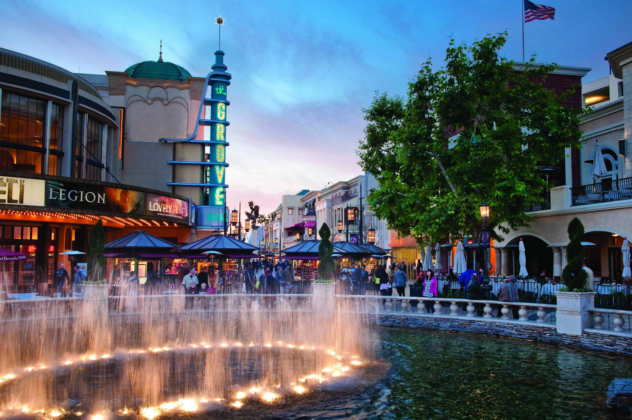 Fountain and Pacific Theatres at The Grove