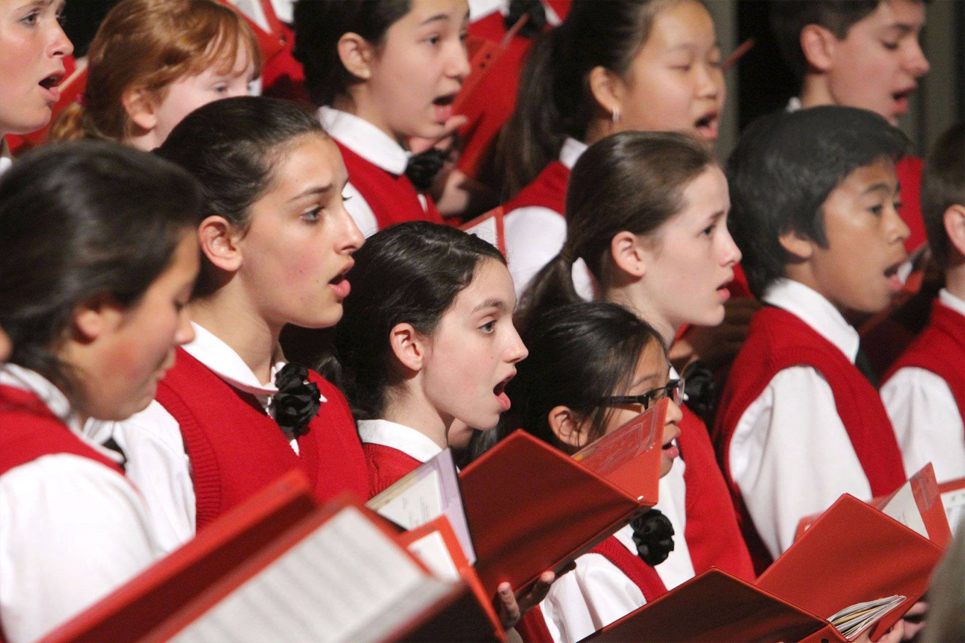 Los Angeles Children's Chorus singing on stage