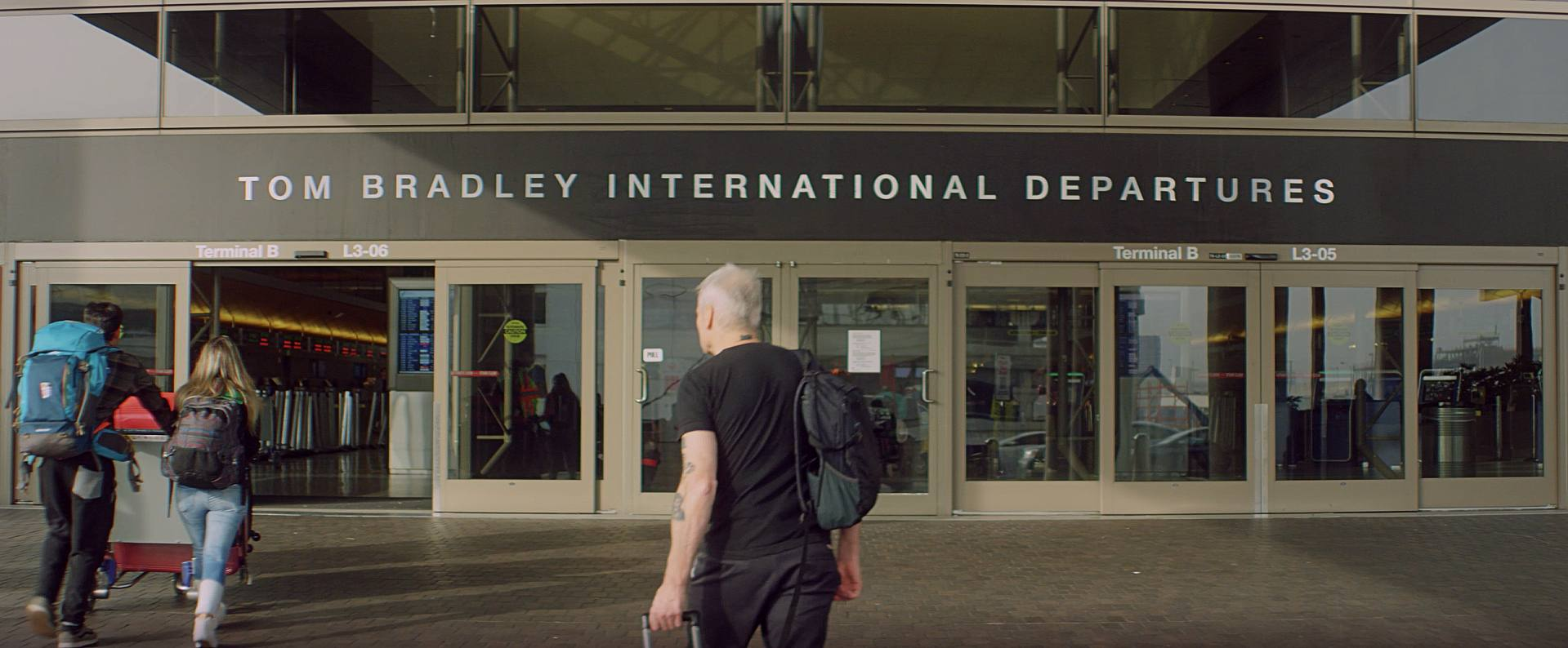 Henry Rollins arrives early at Tom Bradley International to fly out of LAX