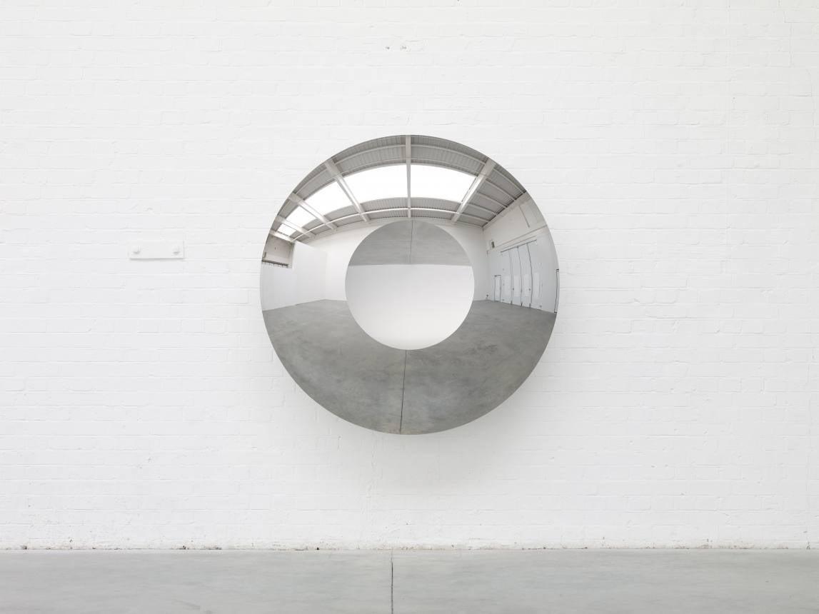 "Anish Kapoor ""Concave Convex Mirror (Circle)"" at Regen Projects"
