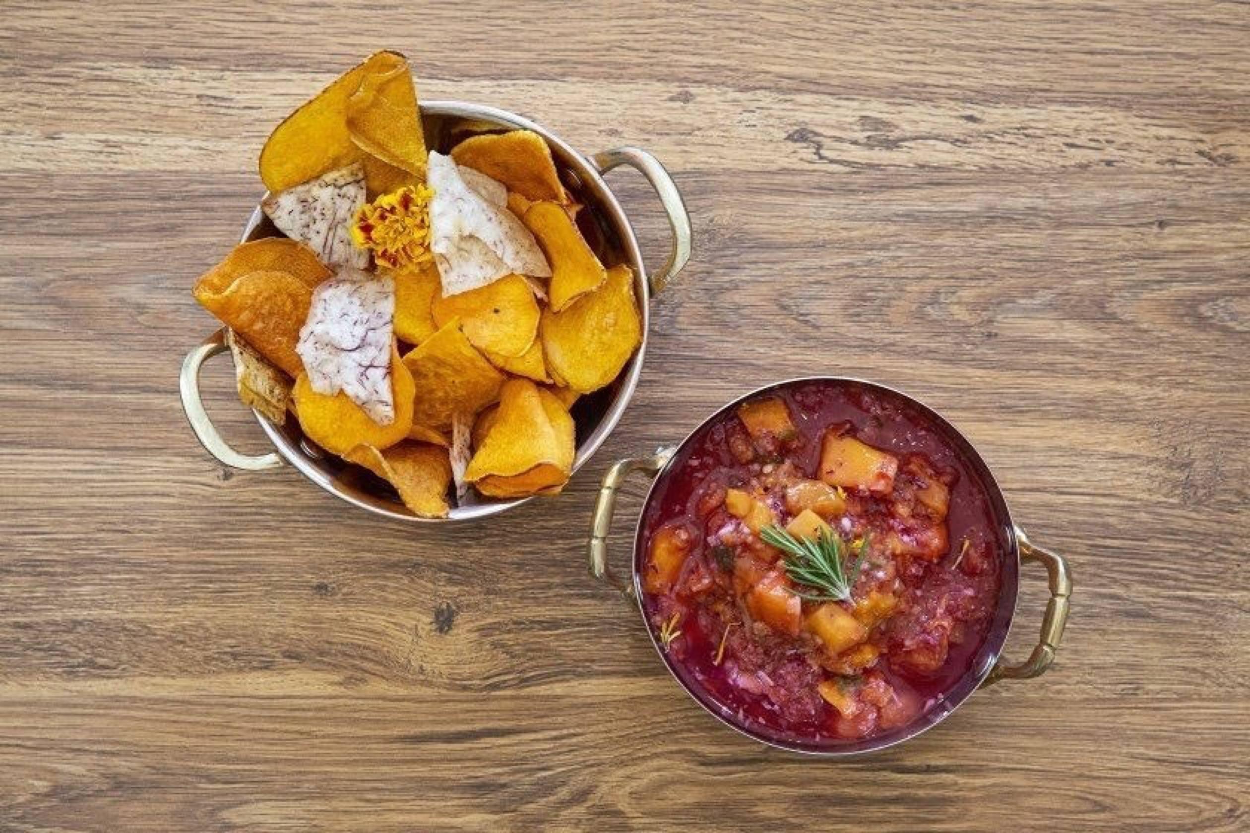 Veggie chips and mango salsa at LaRayia's Bodega in Westlake