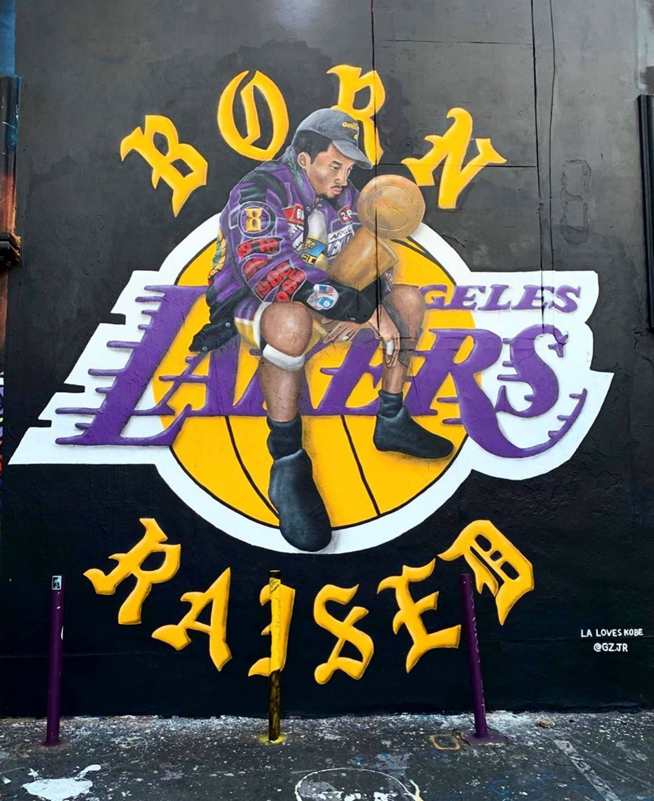 Kobe Bryant mural by @gz.jr and @bornxraised at Sportie LA on Melrose