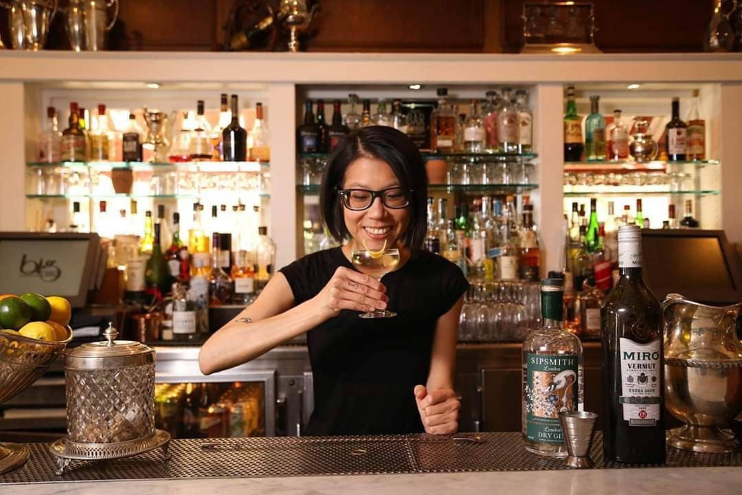 Cari Hah makes a Sipsmith 50/50 Martini at Big Bar