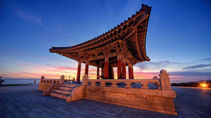 Korean Bell of Friendship | Photo: Shawn S. Park Flickr