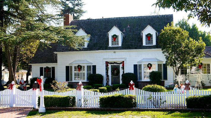"""Jerry Gergich house from """"Parks and Recreation""""   Photo by Lindsay Blake"""
