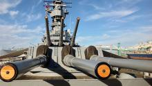 Battleship IOWA guns